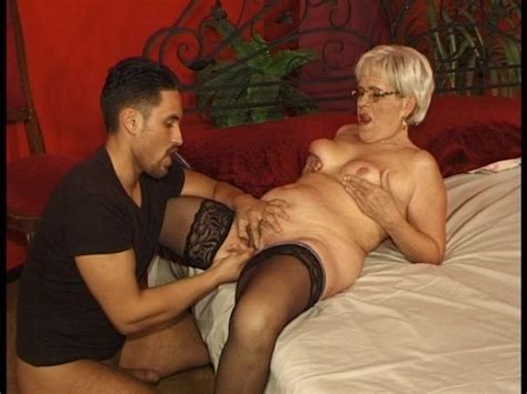 Older Woman Wants Only Younger Men Free Porn Videos