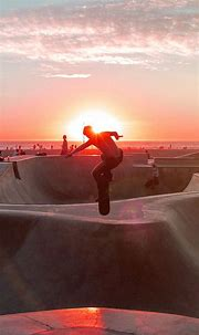 SKATEBOARD EXTREME SPORTS SUMMER FLARE RED WALLPAPER HD ...