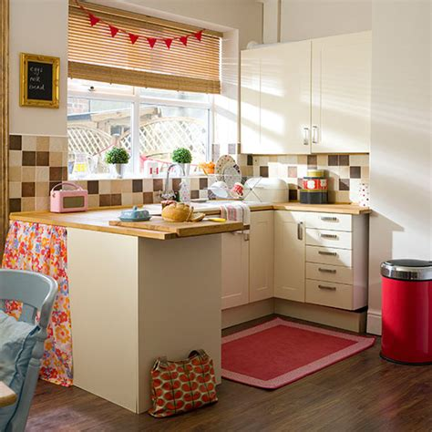 cream country kitchen  red accessories kitchen