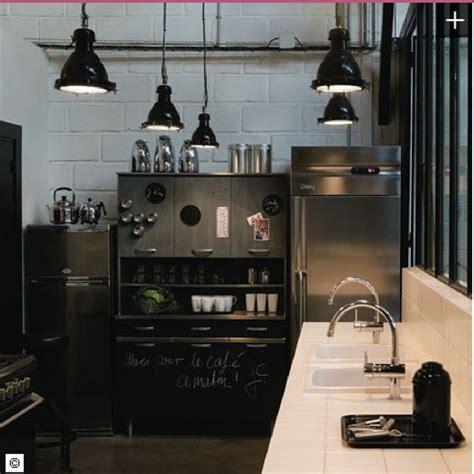 cuisine a repeindre cuisine ardoise et bois cuisine enfant bois peinture