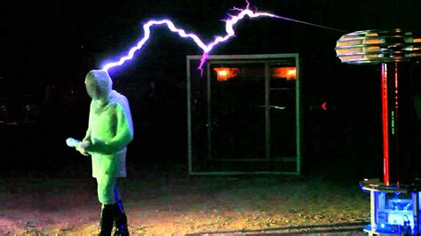 metal box faraday cage science facts