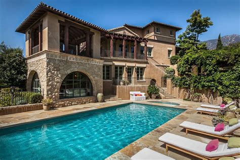 Luxury Tuscan Style Home Design