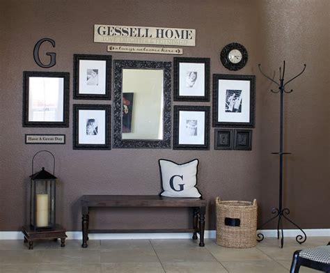 Home Interior Wall Groupings : I Like The Wall Grouping Here. {wall Decor} {photo Display