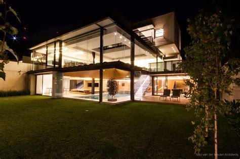 Stunning California Modern Home by Pretty Houses Stunning Modern Hillside Home