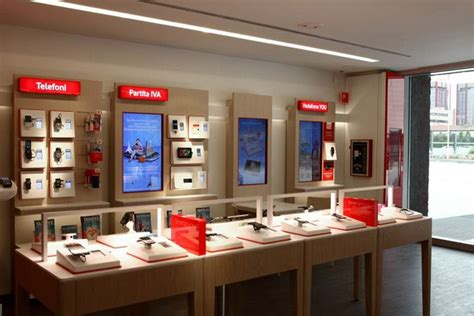 vodafone concept store  iarchitects italy retail