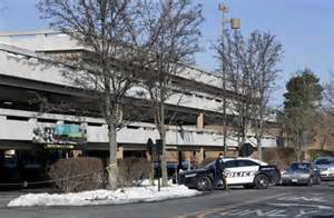 parking garage national mall 911 call from nj mall carjacking released ny daily news