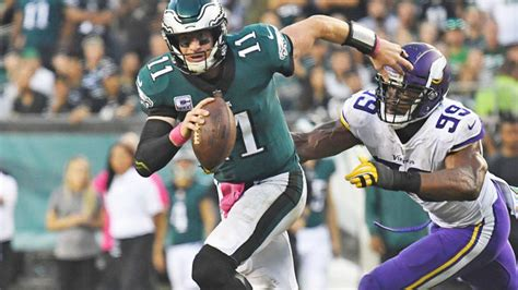 carson wentz injury update eagles qb    injury