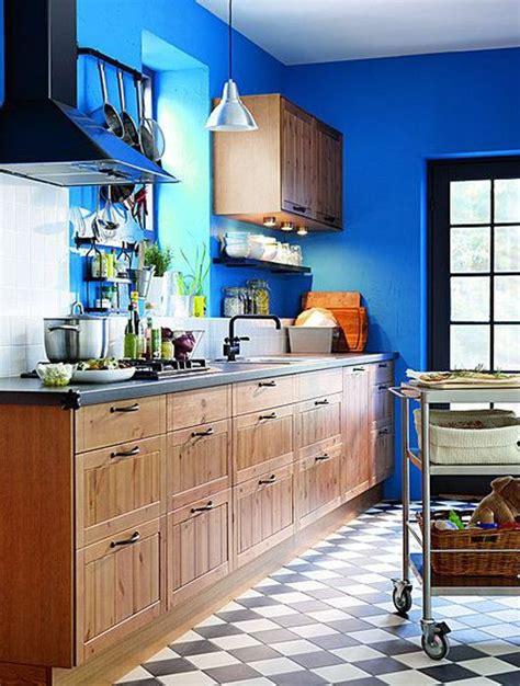 cuisine en bleu cuisine bleu 25 idées déco cuisine bleue