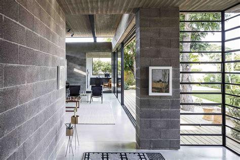 concrete blockwork   love   landscape shape