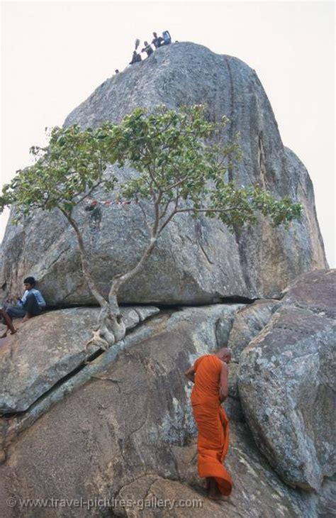 Pictures of Sri Lanka - Anuradhapura-0059 - climbing ...