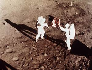 Neil Armstrong, first man on moon, 82 | The Times of Israel