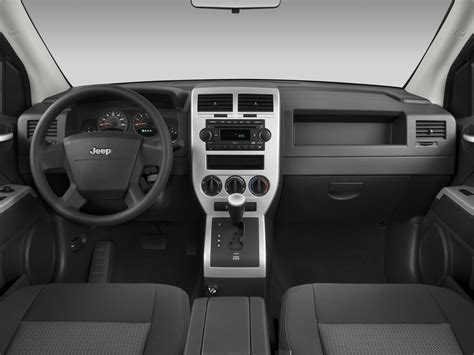 jeep compass dashboard 2008 jeep compass reviews and rating motor trend