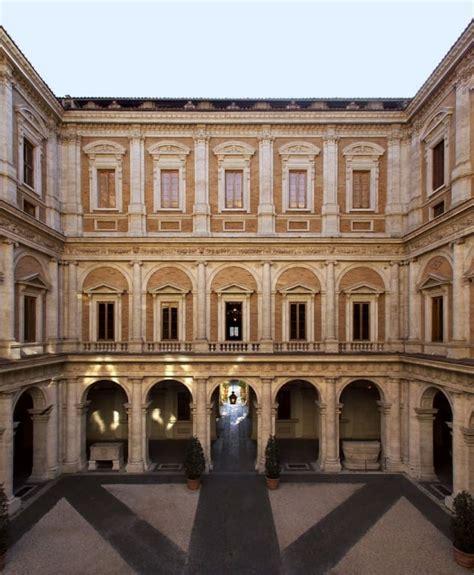 cortile palazzo farnese rome s palazzo farnese romeing