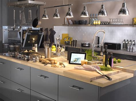 le plan de travail cuisine cuisine quel mat 233 riau choisir pour le plan de travail d 233 coration