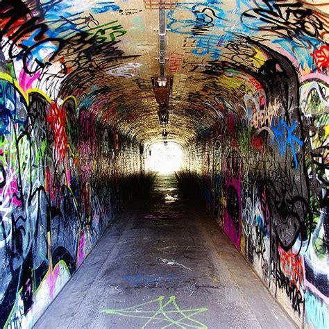 wholesale  european style retro graffiti tunnel mural