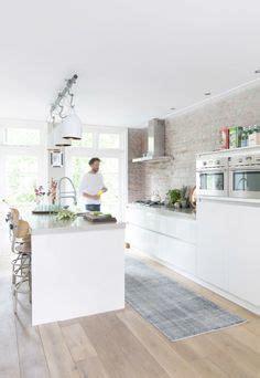 shaker kitchen cabinets silestone ariel silestone nebula alpha 5164