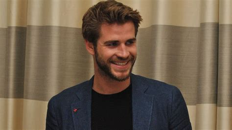 liam hemsworth hd wallpapers