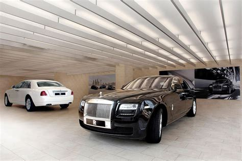 Is the manufacturer of the world's most. Rolls-Royce Motor Cars launches third showroom in India