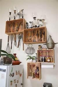 Etagere De Rangement Cuisine : caisse vin r cup recyclage cuisine tag re rangement cuisine shelves floating shelves et ~ Melissatoandfro.com Idées de Décoration
