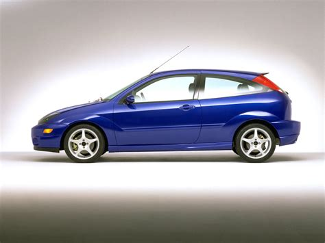 Ford SVT Focus (2002) - picture 40 of 54