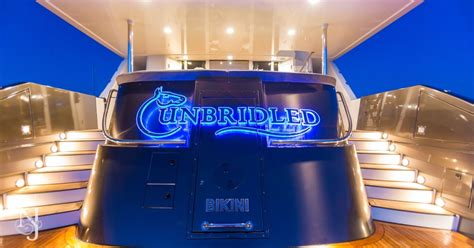 unbridled yacht charter crescent yachts luxury motor