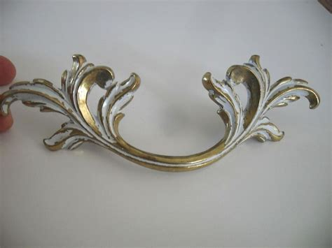 Vtg Nos White Brass Large Dresser Drawer Pulls French Provincial Victorian Leafy Beverage Cooler Drawers 6 Inch Drawer Pull Template Plastic Storage For Jewelry Kitchen Sticks Wham Tower Grey Bill Of Exchange Drawee Show Chrome E Draw