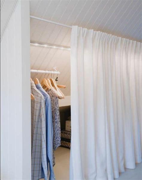 placard sous pente avec rideau survl