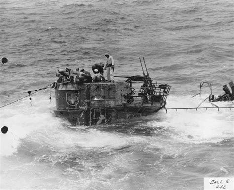 Port Side Of Boat Is What Color by Port Side Of Conning Of German Sub U 505 Podmornice