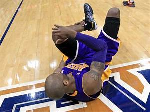 Kobe a game-time decision for Lakers with bad ankle - NY ...