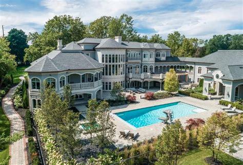 million mega mansion  bloomfield township michigan