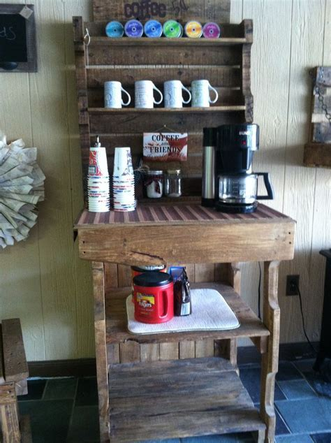 Pallet Coffee Bar!   DIY furniture   Pinterest   Bar