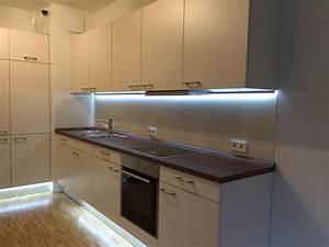Küche Indirekte Beleuchtung : k chenr ckwand aus glas mit indirekter beleuchtung glaserei nolting gmbh hannover ~ Bigdaddyawards.com Haus und Dekorationen