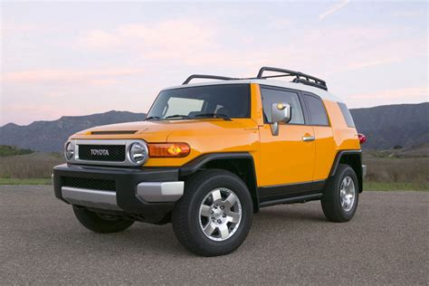 Toyota Fj Cruiser Mpg by 2012 Toyota Fj Cruiser Review Specs Pictures Price Mpg