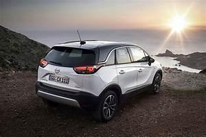 Opel Crossland 2018 : opel crossland x specs photos 2017 2018 2019 autoevolution ~ Medecine-chirurgie-esthetiques.com Avis de Voitures
