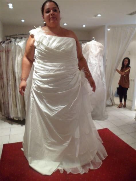 robe temoin de mariage grande taille mes essayages pour trouver ma robe de mari 233 e grande taille