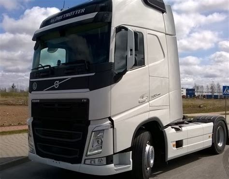 tractor truck volvo fh   carsmotorbikes