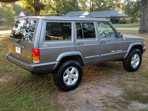 manual jeep cherokee 1998 jeep cherokee classic xj rare 5 speed manual 4x4 4 0