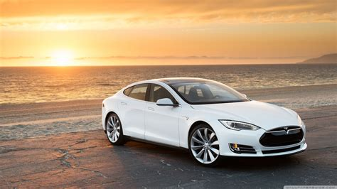 Tesla Model S In White, At The Beach 4k Hd Desktop