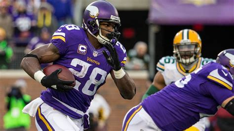 nfl schedule released minnesota vikings  face green bay