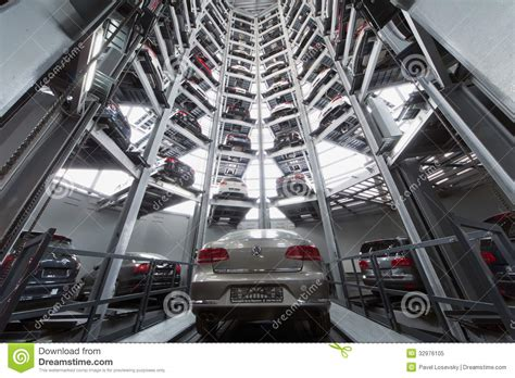 Volkswagen Passat In The Center Of The Tower To Store Cars