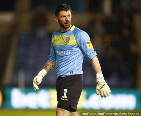 Keiren Westwood reacts to Sheffield Wednesday draw with ...
