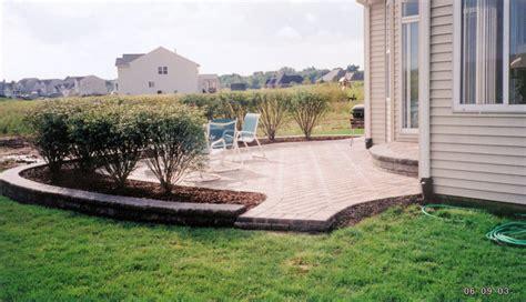 patio landscape design landscape around double patio more concrete patio landscaping patio mommyessence com