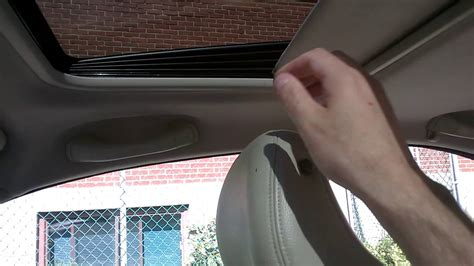 broken sunroof cover volvo  check  comments