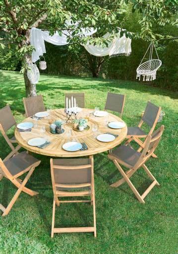 Table de jardin ronde moderne en bois pour 8 places - Salon de Jardins