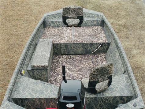 Hunting Boat Flooring by Boat Flooring What S Best Michigan Sportsman Online
