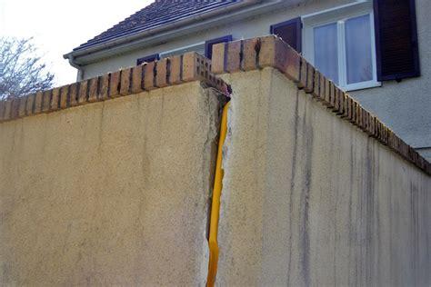 r 233 parer les fissures d un mur maison actuelle et travaux