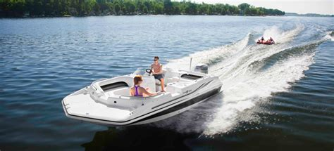 Hurricane Boats Owners Manual by Research 2013 Hurricane Deck Boats Ss 201 Ob On Iboats