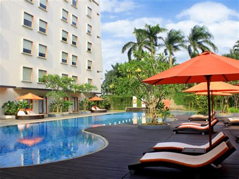harris hotel sentul city bogor  indonesia room deals
