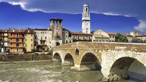 Veneto Verona by Italy Verona Veneto Ponte Pietra Wallpaper 1920x1080