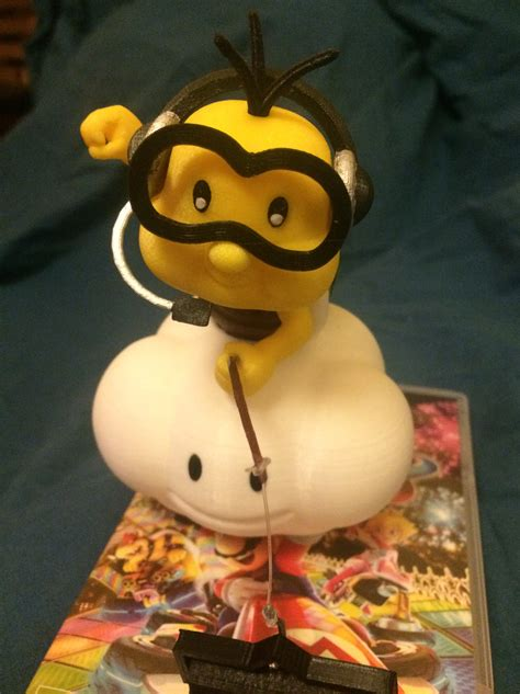 3D Printed Lakitu is here to referee your Mario Kart races ...